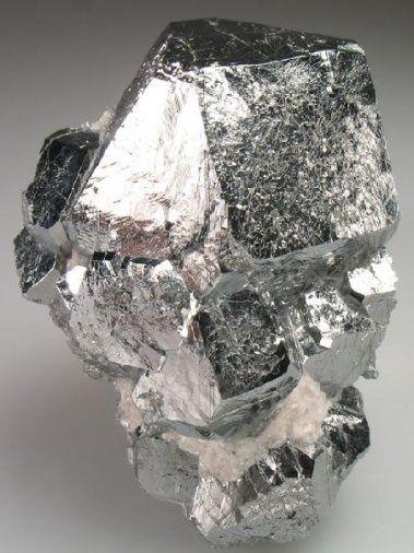 Les caractéristiques mécaniques de ce métal